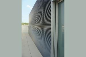 EKU GRID è un sistema per realizzare griglie frangisole in alluminio